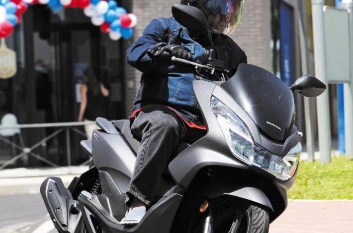 Cuánto ahorrarías en tiempo y dinero moviéndote en scooter