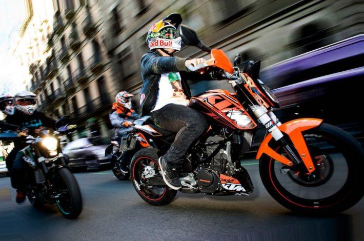 10 Punts clau de la convivència entre motos i cotxes